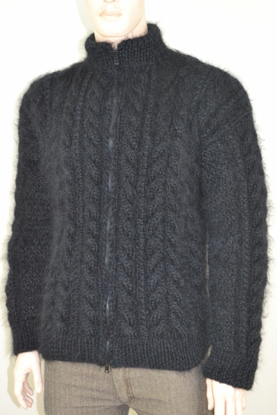Black thick cableknitted Aran mohair sweater with zipper-L ...