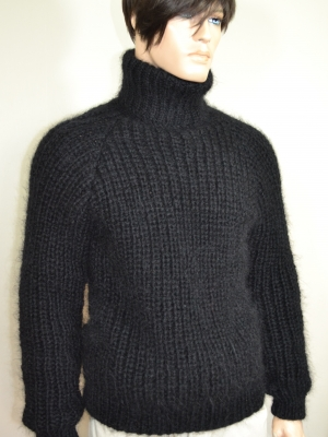 Thick  wool and mohair  sweater black -L