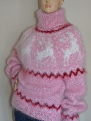 Icelandic mohair reindeer sweater pink M-L