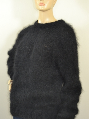 Thin mohair crewneck sweater black