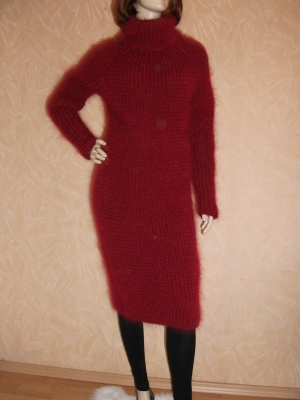 CHERRY MOHAIR AND ANGORA TURTLENECK DRESS
