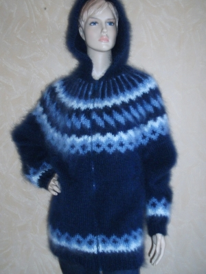 Annika longhair mohair cargigan with hood and zipper navy blue