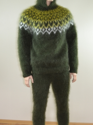 Mohair hand knitted Icelandic hooded sweater and pants mossy gre