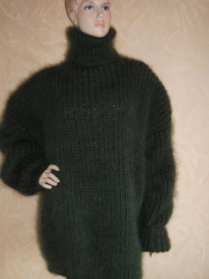 Mohair and wool  sweater- mossy green XXL