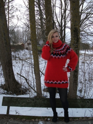 Hot red mohair Icelandic  turtleneck sweater -XL