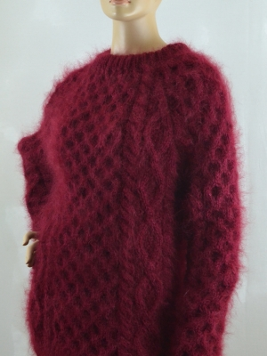 Thick mohair and cashmere crewneck Aran sweater burgundy unisex
