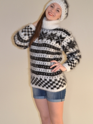 Norwegian mohair sweater  with cap white-M-L