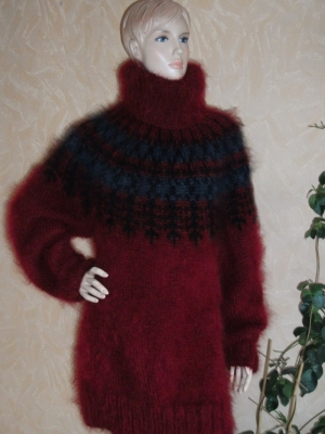 Icelandic turtleneck mohair sweater burgundy