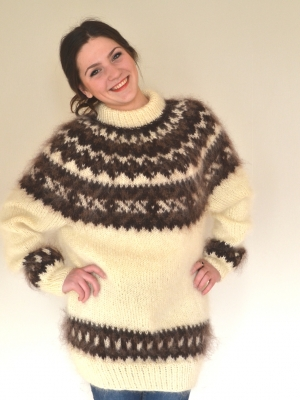 Icelandic  mohair sweater champagne- unisex-One size