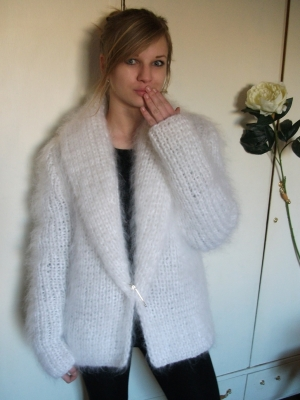 Longhair thick mohair jacket with shawl white -L