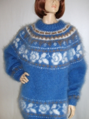 Icelandic crewneck Mohair sweater bright blue-L- XL