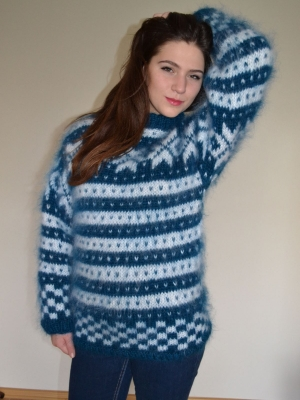 Norwegian sweater and cap -electric blue